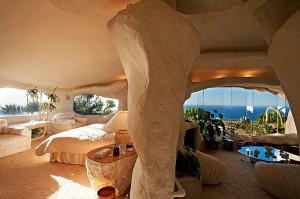 Malibu's Flintstones House