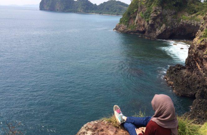 Trekking di pulau sangiang