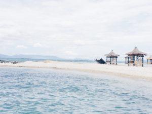 Saung instagramable di Pulau Empat.