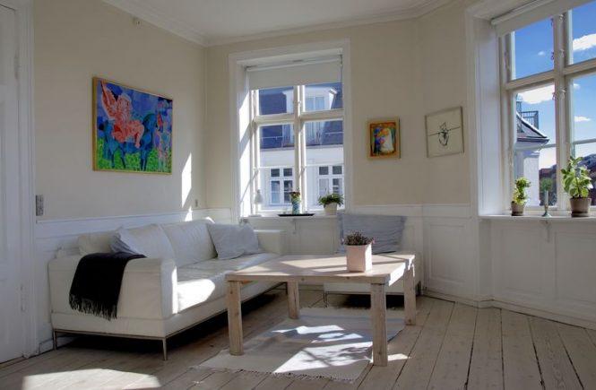 Membuat apartemen kamu menjadi tempat yang senyaman mungkin ternyata mudah saja. Simak beberapa langkah berikut agar kamu lebih nyaman stay di apartemen!