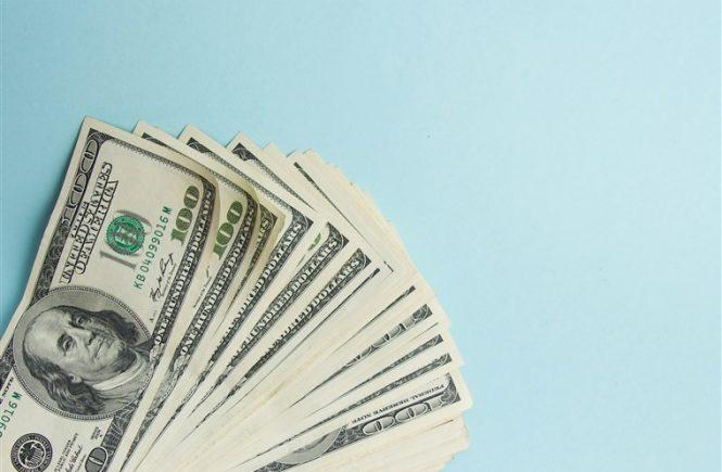 Jika ingin menukar mata uang rupiah ke mata uang asing, jangan asal, ya! Simak tips berikut ini agar Anda tidak merugi nantinya.